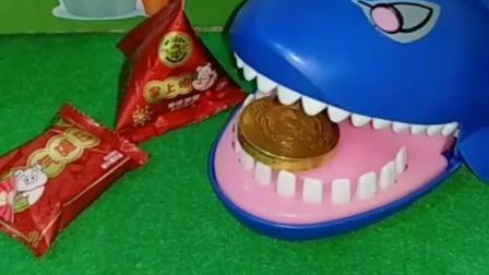 亲子幼教宝宝:大鲨鱼吃了这么多糖,结果牙里怎么了