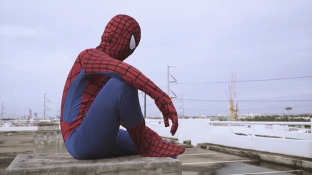 蜘蛛侠:国外男子的超级英雄梦!