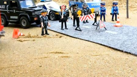 有犯人逃跑警车设置路障追捕逃犯 创意玩具