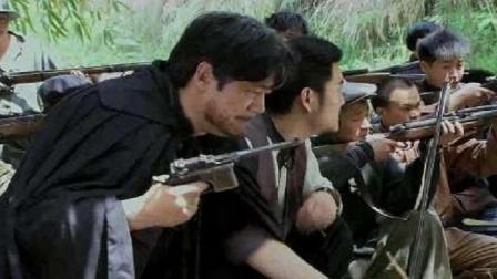 土匪以为村民没有枪,怎料村民个个会神箭术,大杀土匪