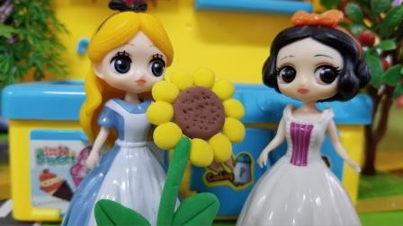 白雪公主故事 白雪好厉害,说了好多成语,赢得了爱丽丝的向日葵