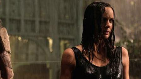 几分钟看完美国电影《亡界之门》母亲为儿子打开亡界之门的故事