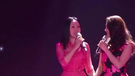 敢和杨钰莹同台合唱的只有张含韵了,这歌声刚一出来,杨钰莹:幸好我出道早