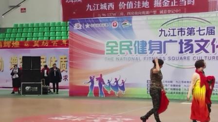 修江艺术团表演中国大舞台。