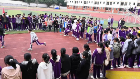 儋州市第二中学高三年级趣味跳绳活动