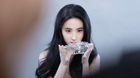 """只剩下美貌能看 刘亦菲真的""""一文不值""""吗?"""