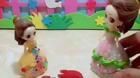 亲子幼教宝宝:白雪的壁虎能斗得过贝尔的大蝎子吗