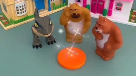 小恐龙想吃熊二的胡萝卜