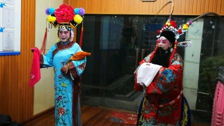 """美洲花园社区老协人间好艺术团京剧""""四郎探母""""排练演唱。"""