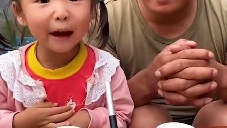 趣味童年:妈妈真的用魔法变出糖果了