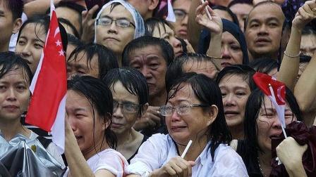 被遣返的20万美籍华人,失去中国籍又被剥夺美籍,他们何去何从