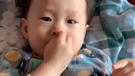 童年趣事之熊孩子:可怜的小良妹儿有点感冒啦,鼻涕眼泪一起流