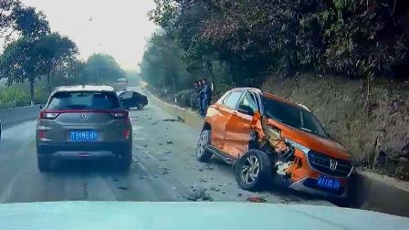 交通事故合集:下雪天时速过百,刹车失灵就尴尬了