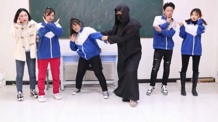 魔法卡7:王太胖推理黑衣人带走了李美丽,却遭乐迪反对,啥情况