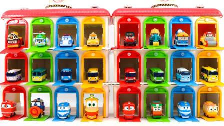 小公交车太友玩具:超期待!车库里都出现了哪些汽车呢?