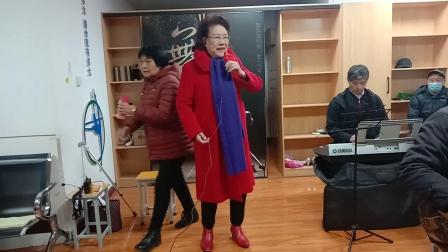 豫剧唱段(我一见老母亲跪当面)洛阳周老师演唱