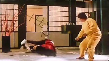 粤语原声:洪金宝才是传说中的一拳超人,一拳打趴猛女