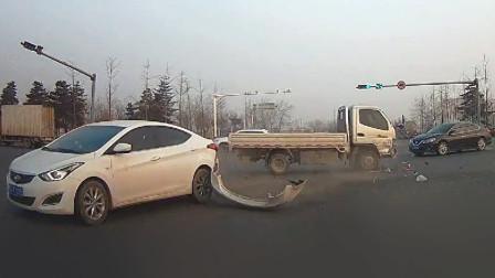 交通事故合集:高速快车道不保持车距,刹车避让已来不及
