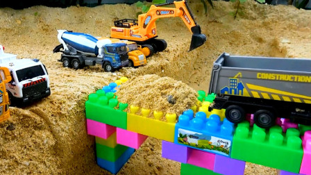 趣味益智玩具 挖掘机 大卡车 铲车联合压路机修路建桥