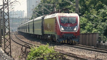 [火车]HXD1D+25T[Z229] 乌鲁木齐-深圳 广铁新开铺下行