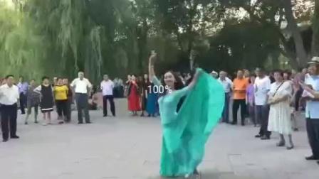 维吾尔族舞蹈美女视频(2020.12.28)
