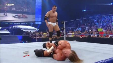 WWE:比巨石强森还硬的男人,几招之内解决HHH,送葬者也就这个样!