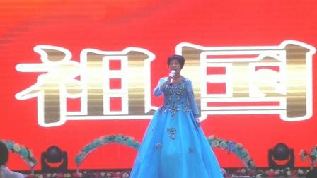 32,女声独唱《领航新时代》演唱 曹凤英洮南春之韵合唱队。