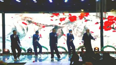 24男生太极拳表演《24式太极拳》指导老师,刘桂兰武术协会二级培训班。