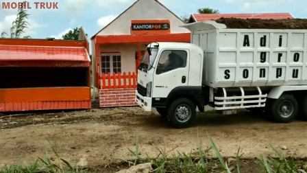 各种大卡车运输泥土 趣味益智