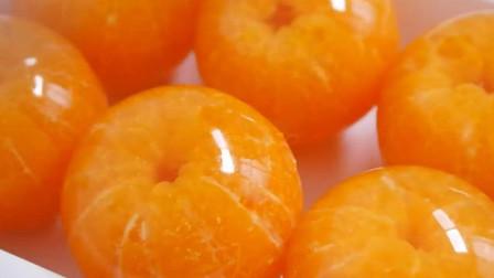 小伙把橘子做成小吃,一个卖8元,4元一斤能买3个,纯赚40元!