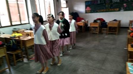 民族中学20~5班舞蹈《睫毛弯弯》