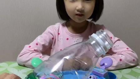 亲子游戏:玩小青蛙吃豆