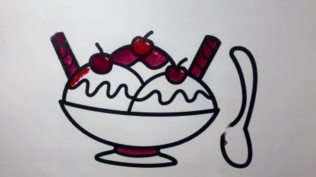 小猪佩奇喜欢吃的三色水果冰淇凌