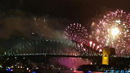 2021新的开始,新的希望悉尼新年烟🌼花秀