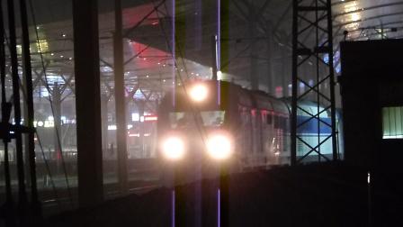 京广线:京京DF11G牵引Z208次BSP开出武昌火车站