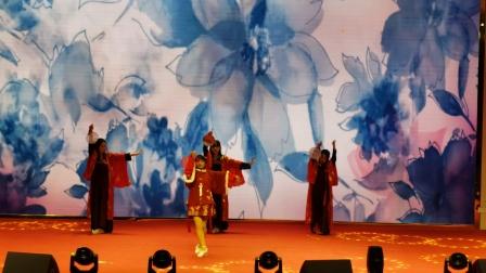 《莫问归期》古典舞  表演者 钱詹妮 胡馨雅  刘诗雅 蔡雨妍   太湖县实验中学   2021元旦