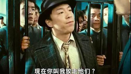 男子霸气回怼外国人这种中国的地盘撒野,迟早会得到应有的报应!