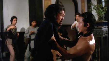 胡惠乾练成功夫下山报仇,一群小喽啰哪是他对手,怒拆锦纶堂招牌