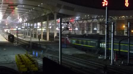 京广线:广广HXD1D牵引T124次进武昌火车站