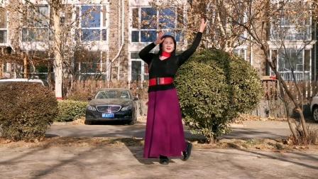 舞蹈:红围巾