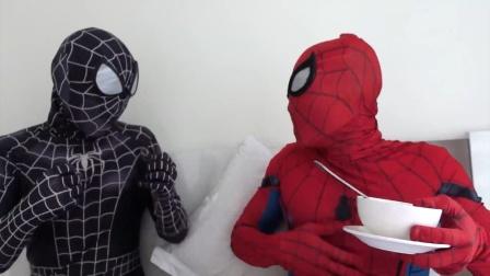 蜘蛛侠:喝了毒液的药,蜘蛛侠充满了活力!