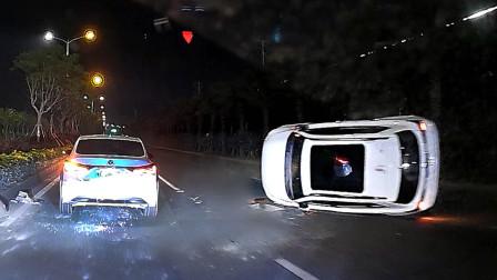 交通事故合集:又见喇叭当刹车,女司机上路尴尬了
