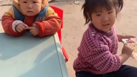 童年的记忆:宝贝这是怎么了?