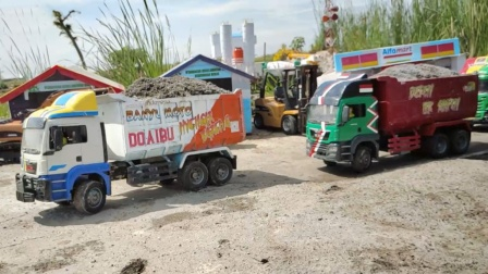 卡车运输沙子