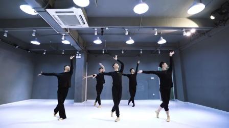 杨幂成名曲《爱的供养》,男团版古典舞身韵