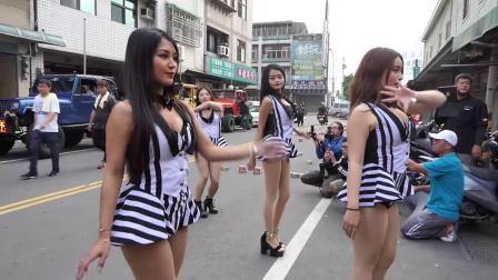 街边舞蹈秀: 辣妹熱舞~棋棋、安安