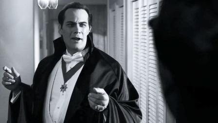 男子痴迷老电影,并把自己扮成电影角色,在小镇作妖《邪恶力量》