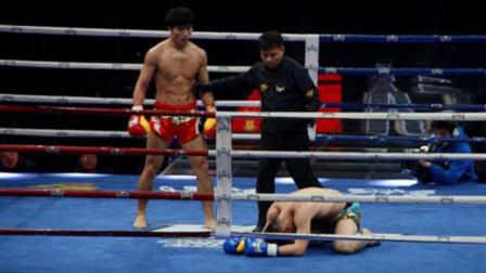 日本拳王扬言打扁死神方便!结果上台被追着揍,当场被踢哭!