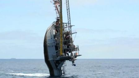 最神奇的船,竟能垂直于水面!