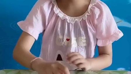 搞笑萌娃:这是笔,不能吃